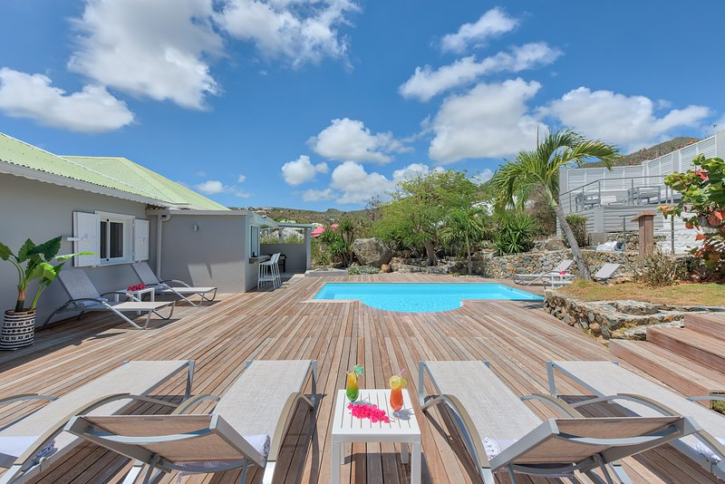Eve Paradise Villa - Orient Bay - Saint Martin Antilles Françaises, vacation rental in Saint-Martin