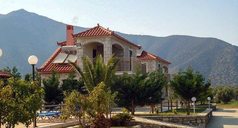 Glyfada Villas ||, vacation rental in Paralio Astros