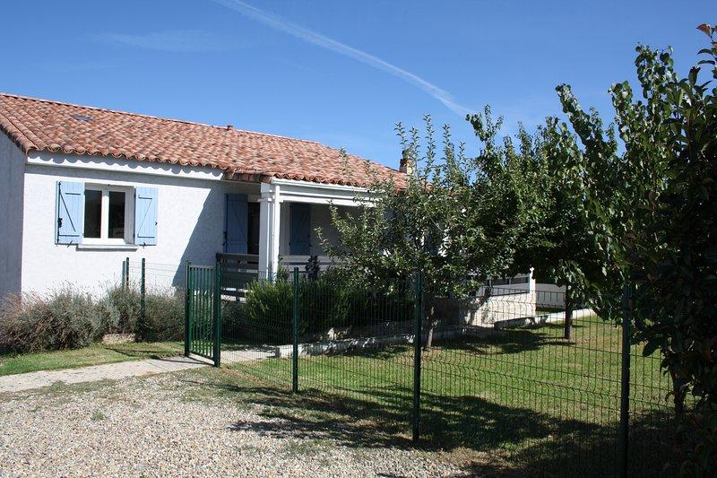 Maison route de la plage à Folelli, location de vacances à Sorbo-Ocagnano