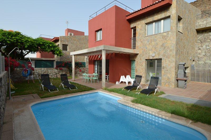 Carlos Villa, vacation rental in La Playa de Tauro