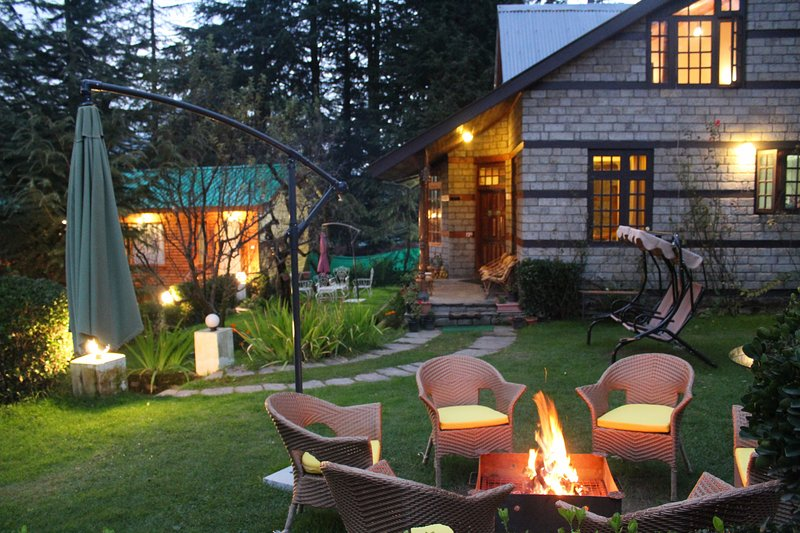 Mary's cottages ( few minutes walking distance from mall road ), holiday rental in Manali