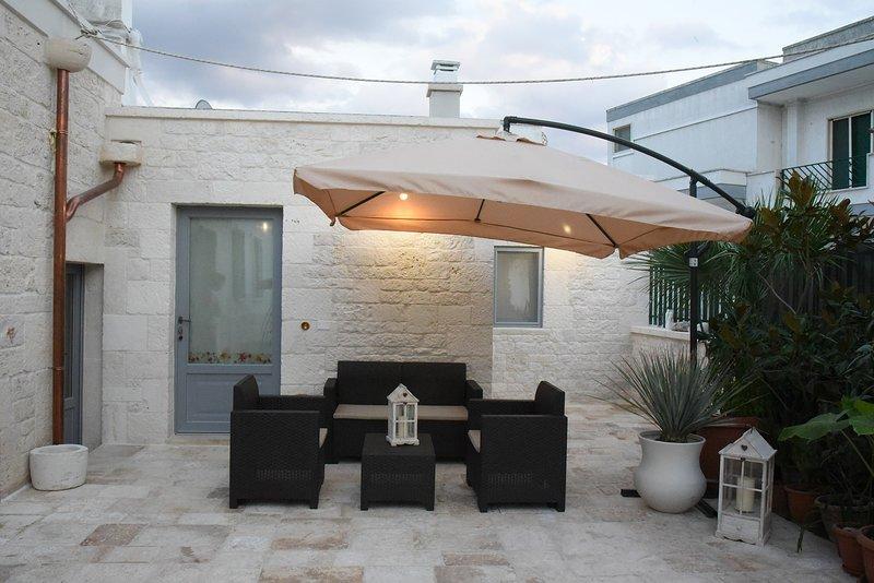 TRULLI OCCHI DI PIETRA, holiday rental in Alberobello
