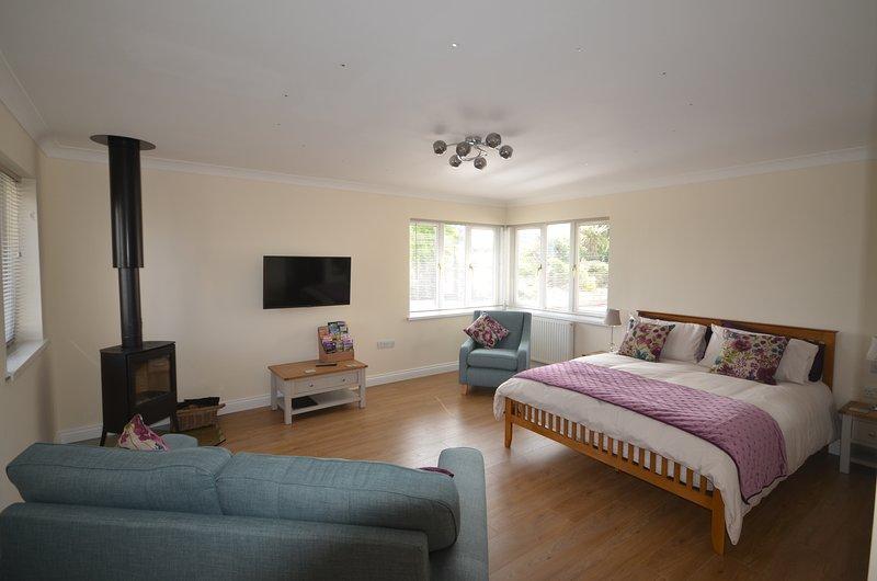Caerdelyn B&B, vacation rental in Llandysul