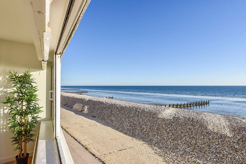 Marineside, Bracklesham, holiday rental in Bracklesham Bay