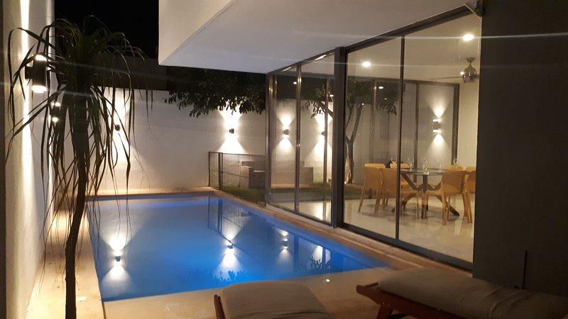 Casa Meek- Casa Abrazo, holiday rental in Conkal