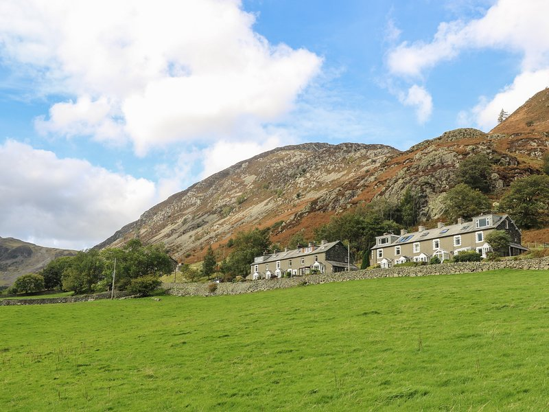 FELLVIEW, panoramic Lake District Views, in Glenridding, holiday rental in Dockray