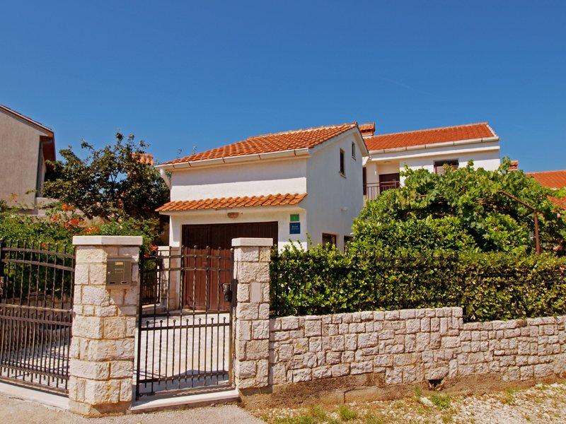 Apartment 23324, holiday rental in Stinjan