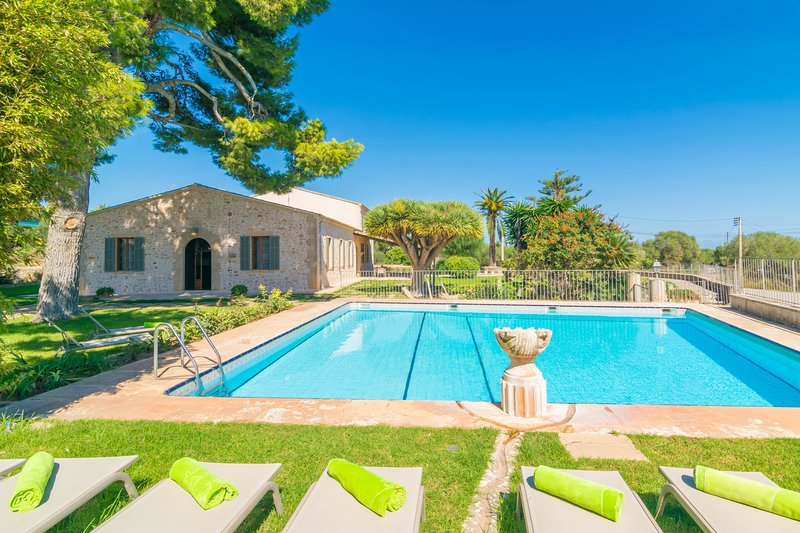 CAN CIREROL - Villa for 9 people in Portocolom (Felanitx), vacation rental in Portocolom