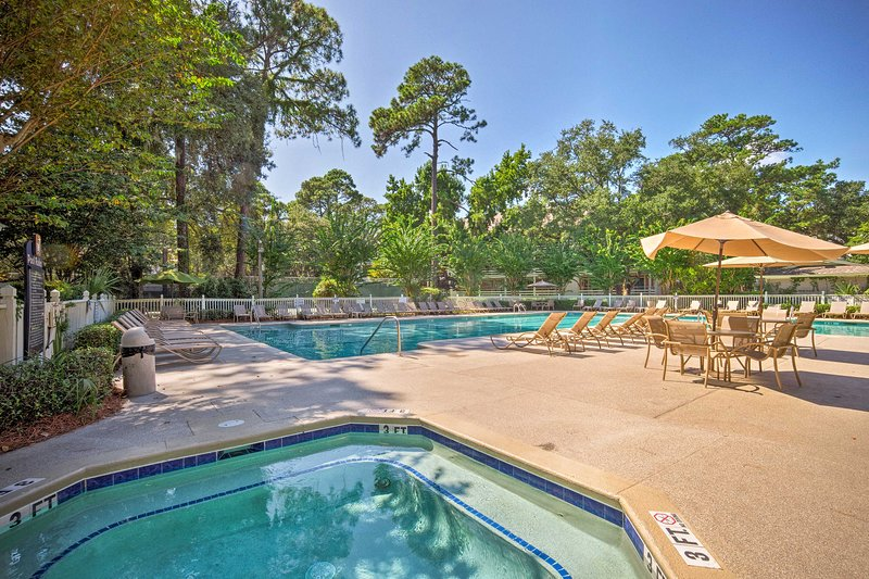 Make the most of your South Carolina escape at this vacation rental condo!