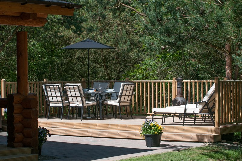 The Hideaway Luxury Cabin With Hot Tub, Ferienwohnung in Alnwick