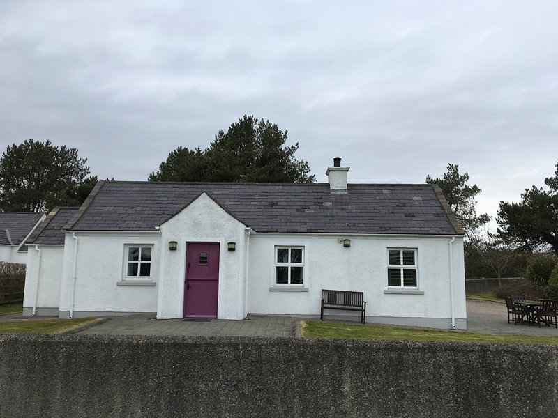 5* S/C Cottages at the foot of the Mournes, vacation rental in County Down