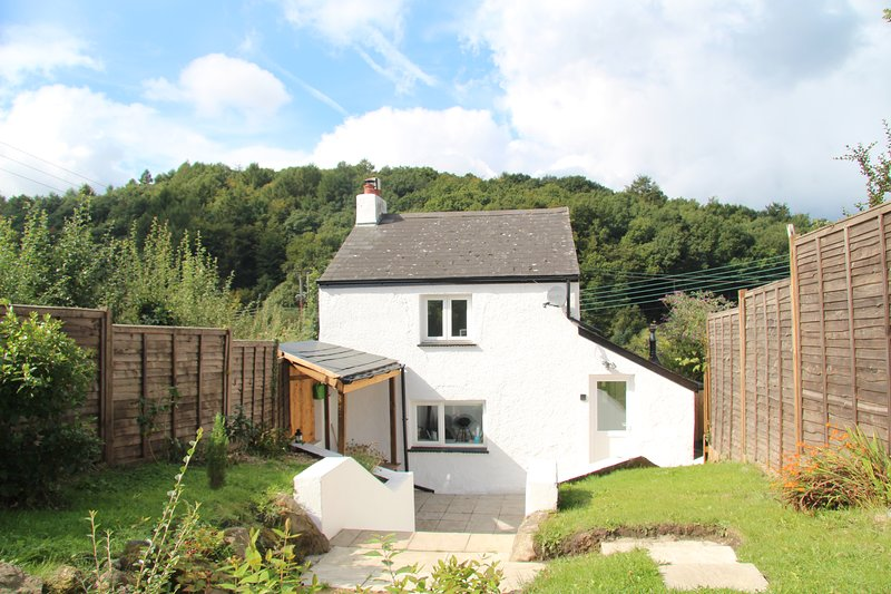 Peacock Cottage, Forest of Dean, Wye Valley, Gloucestershire, Sleeps 4, casa vacanza a Forest of Dean