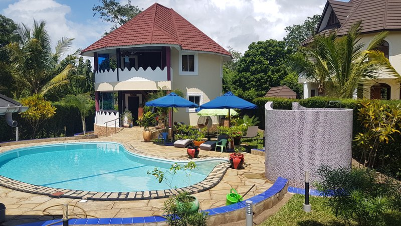 MADIBA COTTAGE, holiday rental in Diani Beach