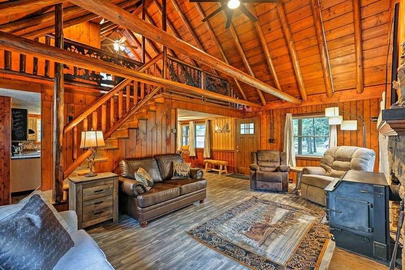 Unwind in style at this 2-bedroom, 1.5-bathroom vacation rental cabin.