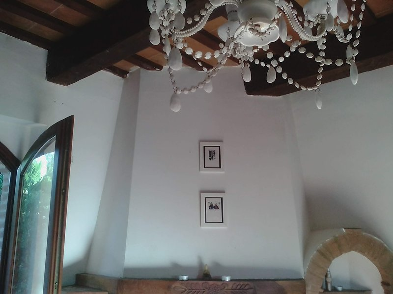 Nice house with terrace & balcony, vacation rental in Moresco