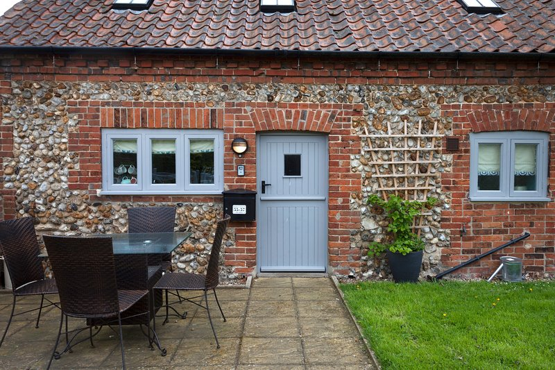 Harvey Cottage, holiday rental in Briston