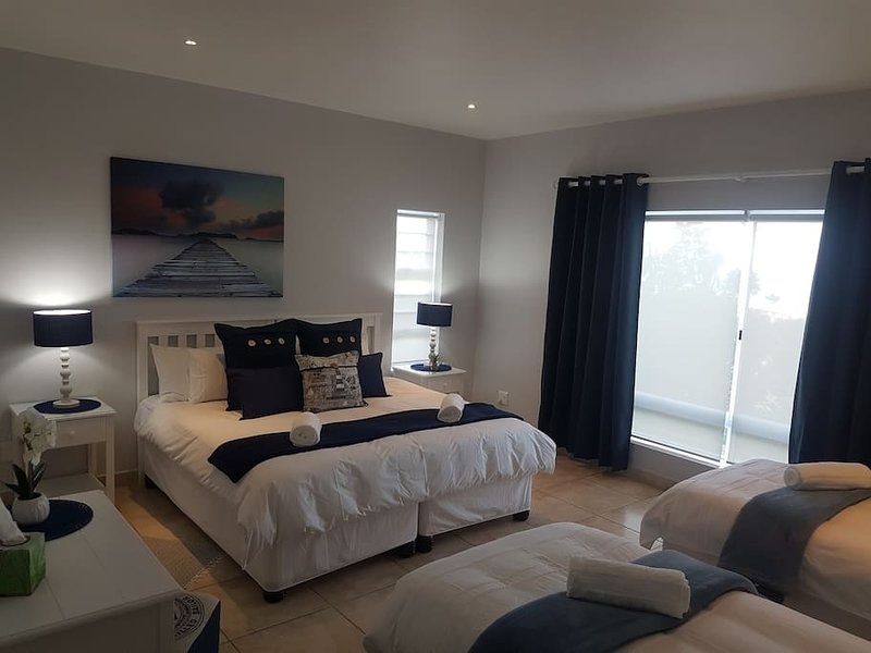 Sailor's Suite, sleeps 4, option of a king size bed & 2 single beds, or 4 single beds, with en suite