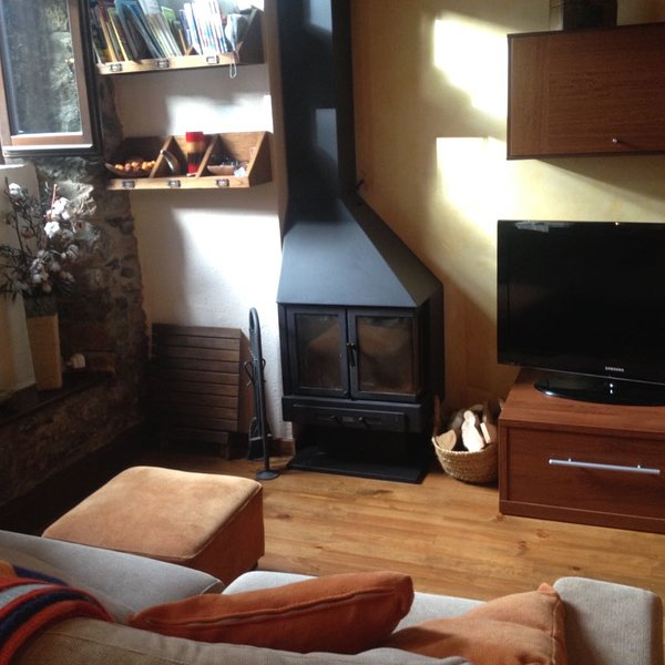 Coqueto Apartamento en Bourg-madame, holiday rental in Osseja