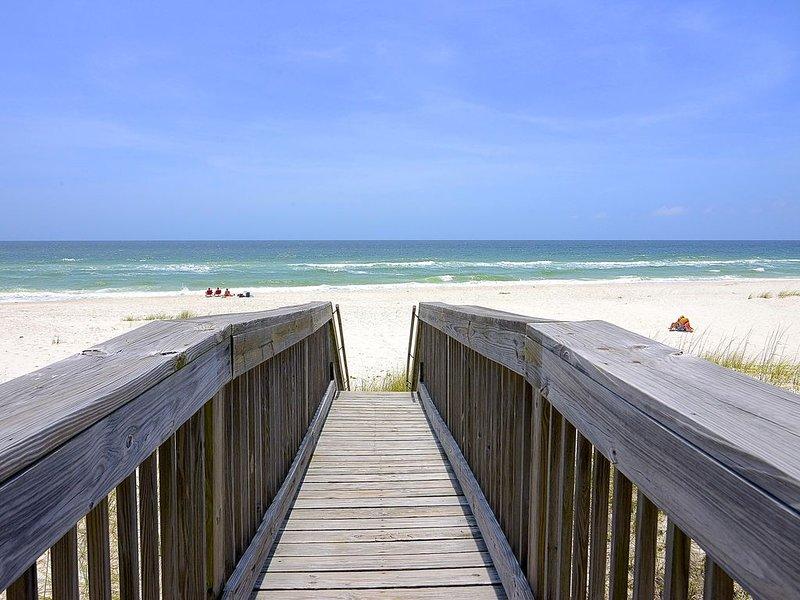 Privater Boardwalk zum Strand