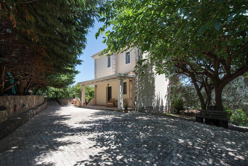 Villa Aziza, holiday rental in Kalafationes