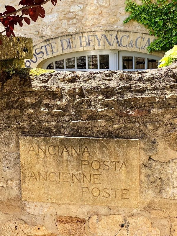 The Old Post Office of Beynac-et-Cazenac.