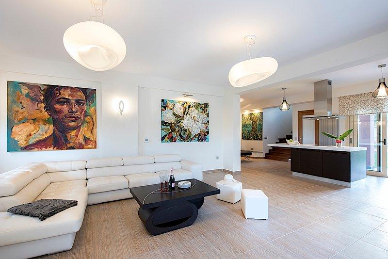 Girasole Villa, holiday rental in Dassia