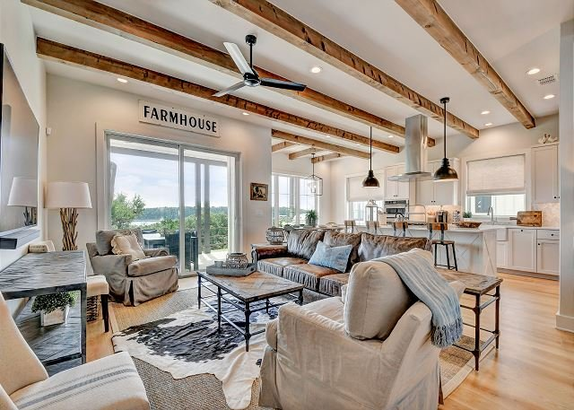 Reserve at Lake Travis Retreat – Featured in Texas Lifestyle Magazine, alquiler de vacaciones en Point Venture