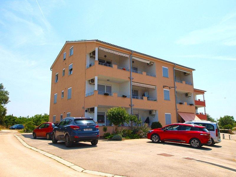 Apartment 2419, holiday rental in Peroj