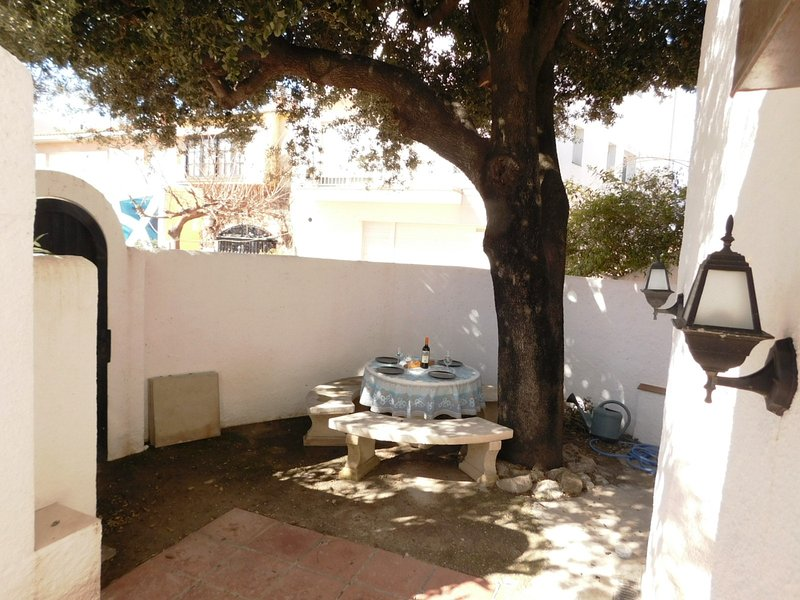 Seasonal rent apartment with 2 bedrooms in Empuriabrava, Costa Brava, location de vacances à Empuriabrava