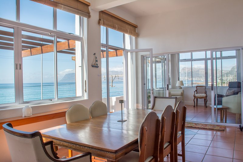 With The Tide, holiday rental in Muizenberg