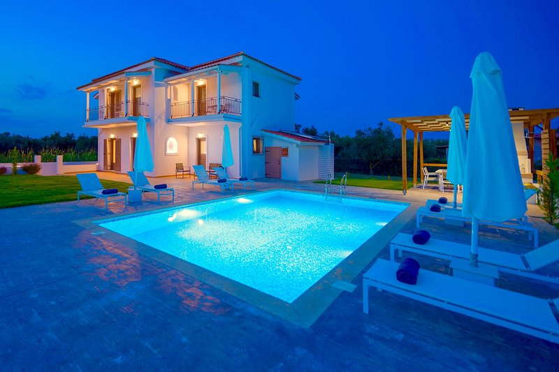 Villa Sandrine, holiday rental in Kalpaki