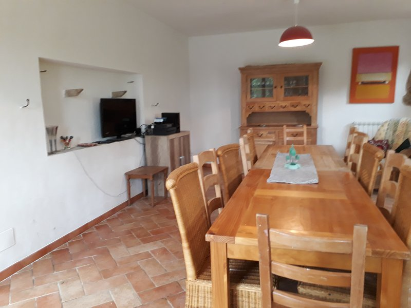 A house in the mountains, holiday rental in Montefortino