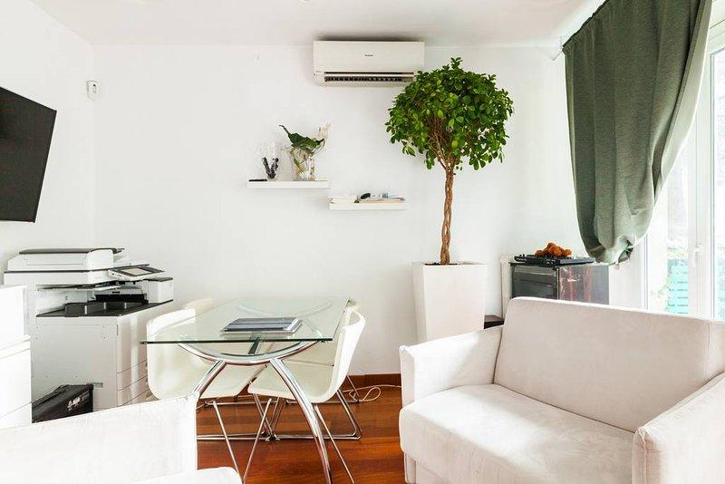 Grazioso appartamento ristrutturato, location de vacances à Lodi