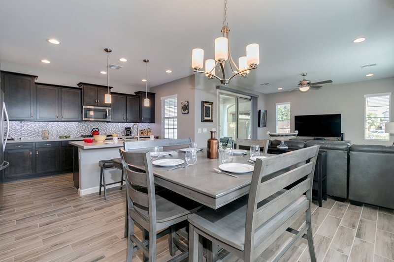 Modern decor with an open layout!
