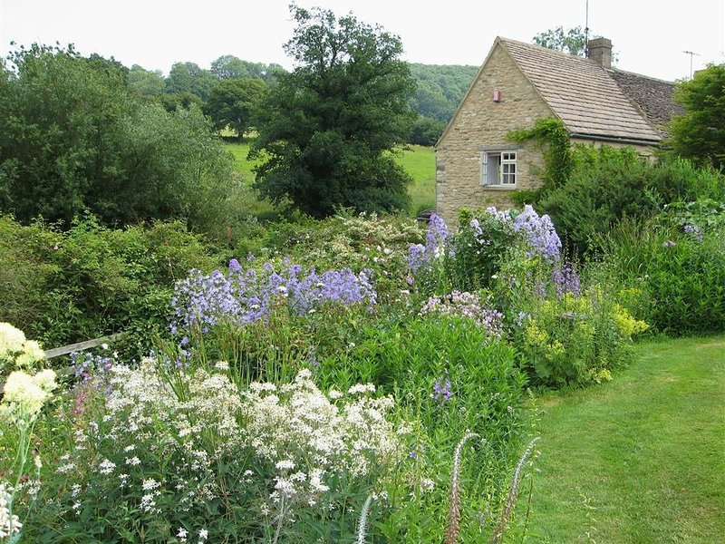 Neathwood Cottage, Wotton-Under-Edge, location de vacances à Hillesley