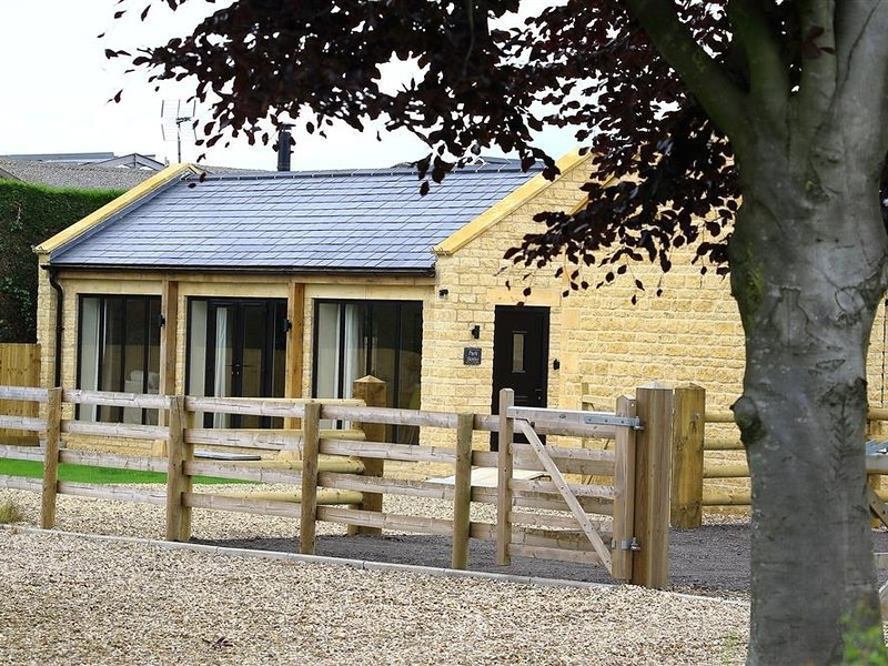 PARK BOTHY, perfect for couples, Wyck Rissington, vacation rental in Wyck Rissington