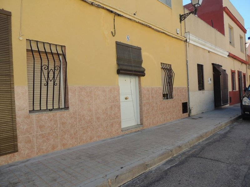 Casa baja en Rillo, Teruel, holiday rental in Albalate del Arzobispo