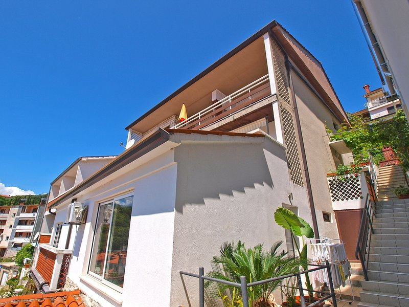 Apartment 330, vacation rental in Rabac