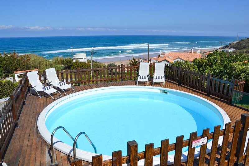 Adraga Villa Sleeps 12 with Pool - 5679402, casa vacanza a Praia das Macas