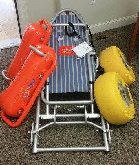 Chaise de plage - Chaise d'accessibilité pour la plage. Pliable pour le transport.