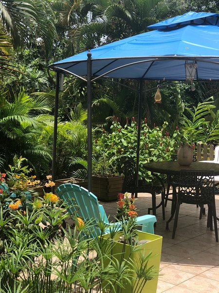 Beautiful apartment with sea view, holiday rental in Marigot