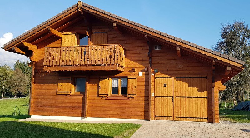 Chalet 10 pers. 4 ch.  Classé  ** Morillon Village Domaine skiable Grand Massif, vacation rental in La Riviere-Enverse