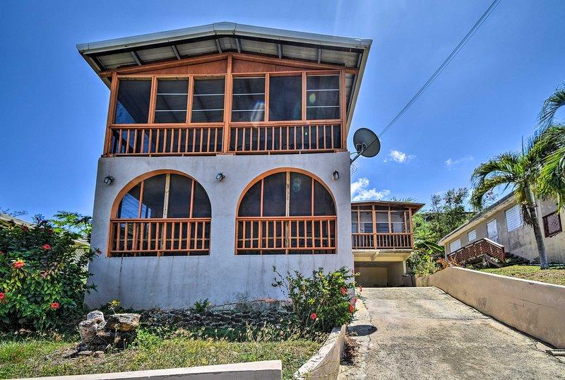 Culebra Apt w/ Lanai, Walk to Ensenada Honda Bay!, vacation rental in Culebra