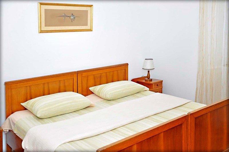 H (6 + 1): chambre à coucher