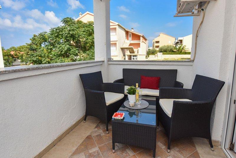 Kety - cosy with balcony:  A1(2+1) - Novalja, vacation rental in Novalja