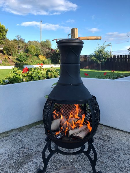 A fourteen,  Luxury 2 bedroom Self Catering Accommodation with private garden, location de vacances à Kilkeel