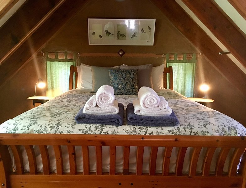 mezzanine bedroom with queen bed (main)