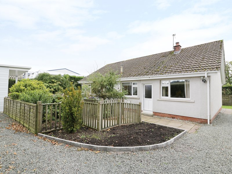 VALDHEIM, pet friendly, conservatory, near Dumfries, vacation rental in Lockerbie
