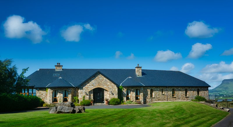 Down Yonder House, holiday rental in Rosses Point