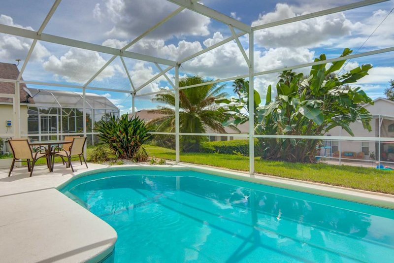 Willow's Southern Dunes Pool Home, holiday rental in Lake Hamilton